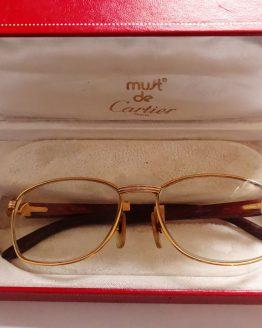 78a77936fd4 Glasses and sunglasses